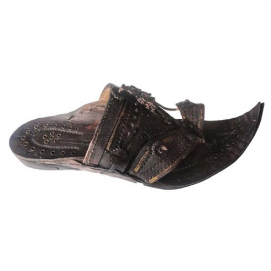 Buy black colored heavy designed kolhapuri chappal for men.