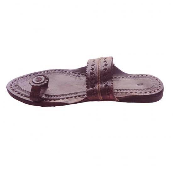 Buy brown pair of kolhapuri chappal for women.