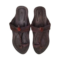 Buy attractive dark colored kolhapuri chappal for ladies.