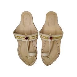 Buy skin colored ladies kolhapuri chappal with heel.
