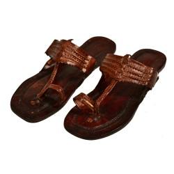 Buy Simple traditional Kolhapuri for ladies